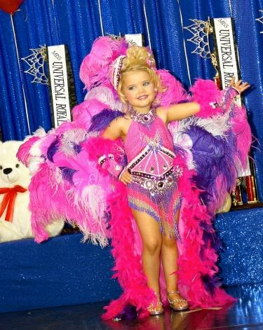 Pageant queen Eden Wood (doesn't the teddy look incongruous?)