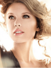 Taylor Swift's lashes were digitally plumped up