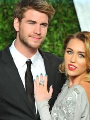 413920-miley-cyrus-and-liam-hemsworth