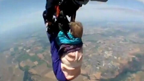 Skydive 80-year old