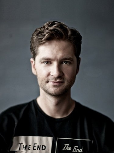 Charlie Pickering leaves the Project