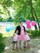 Alexis and her two daughters