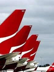 Qantas: Running out of moulah.