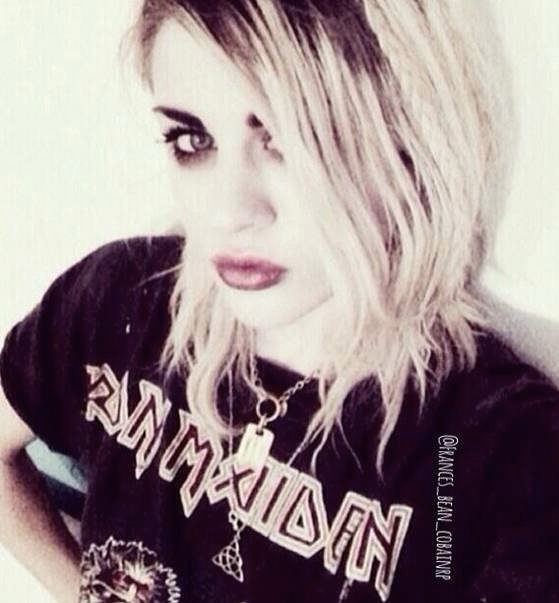 Viral Twins Video Melbourne Mother Overwhelmed As Footage: Frances Bean Cobain Lana Del Rey Fight About Death And Pop