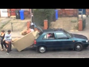 Video thumbnail for youtube video Watch this family try to fit a couch into a hatchback. - Mamamia