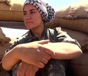 female kurdish fighters isis