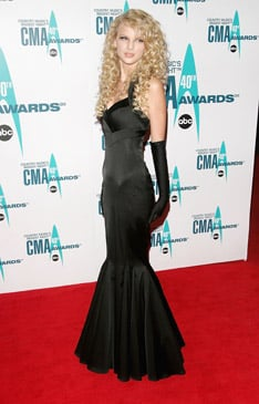 Taylor Swift at the 2006 CMAs