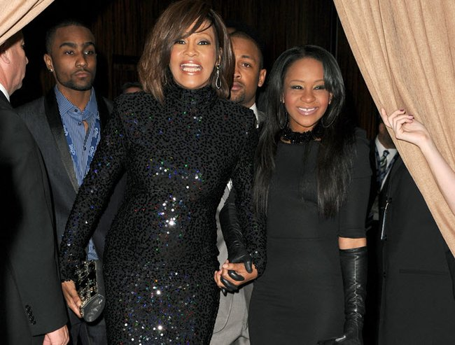 bobbi kristina brown off life support