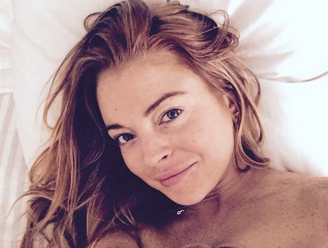Fresh faced Lindsay. Photo via Instagram