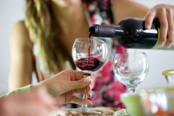 teen drinking wine