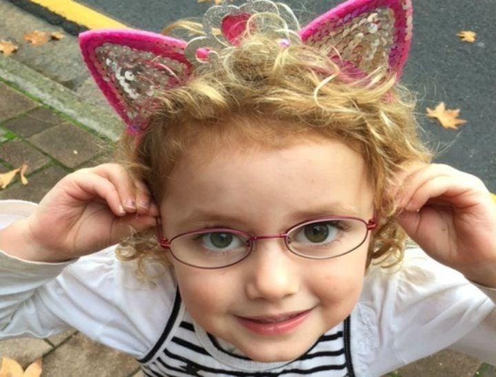 disney princesses wear glasses