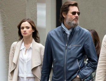 51746750 'The Bad Batch' actor Jim Carrey spotted out with a mystery woman in New York City, New York on May 18, 2015. The pair held hands as they made their way down the street. **NO AUSTRALIA OR NEW ZEALAND** 'The Bad Batch' actor Jim Carrey spotted out with a mystery woman in New York City, New York on May 18, 2015. The pair held hands as they made their way down the street. FameFlynet, Inc - Beverly Hills, CA, USA - +1 (818) 307-4813 RESTRICTIONS APPLY: NO AUSTRALIA