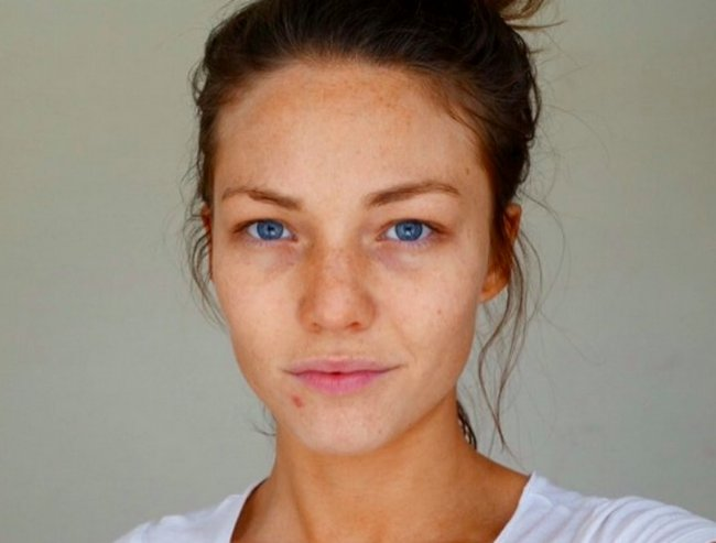 sam frost makeupfree