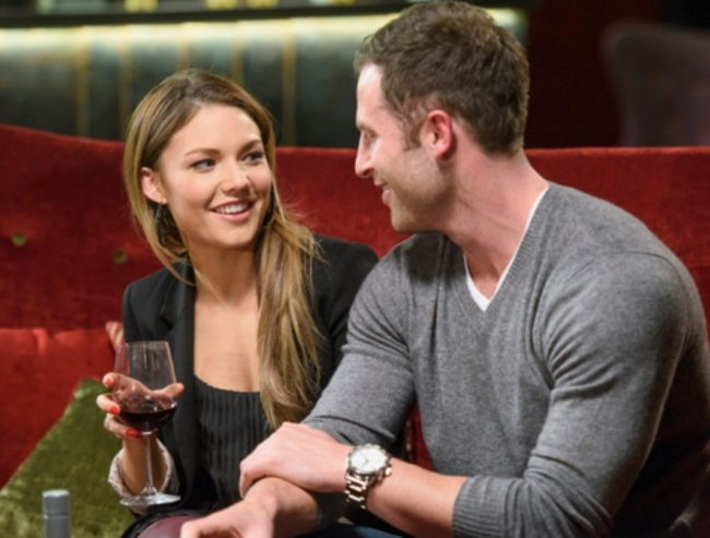 first bachelorette gives sam frost tips