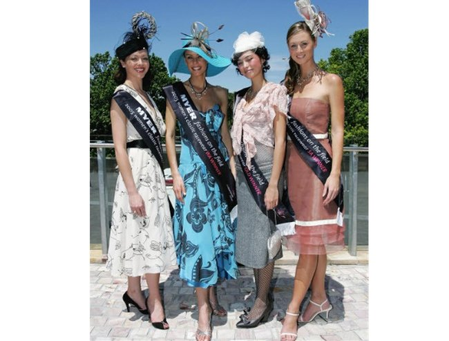 Fashion on the fiel 2005
