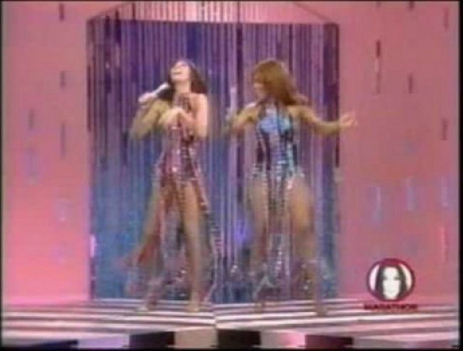 Kylie and Dannii Minogue on X Factor