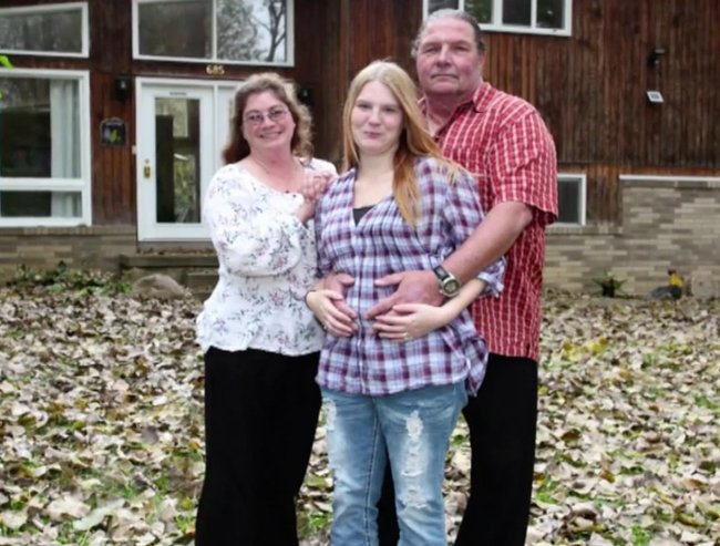 Ohio paster and wives