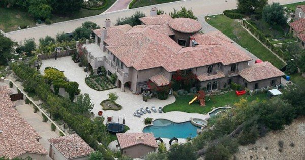 kylie jenner home aerial