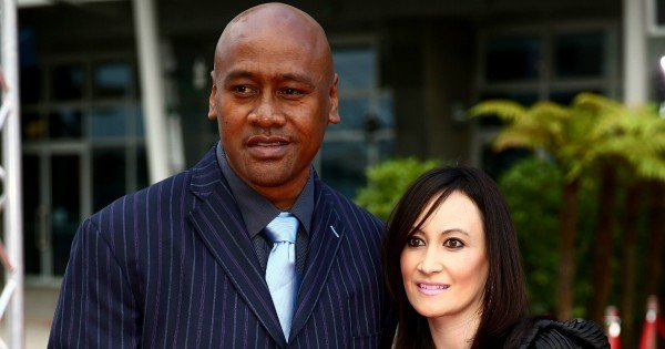 jonah lomu's grave has been robbed