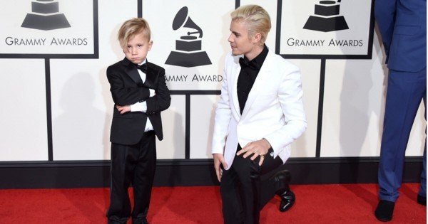 justin bieber and brother