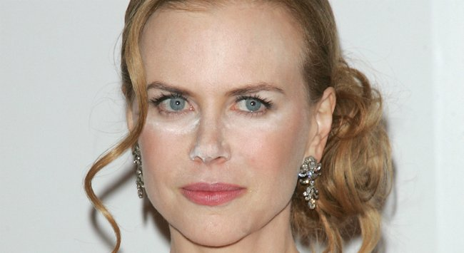 Explainer: What is that white powder on celebrity faces?