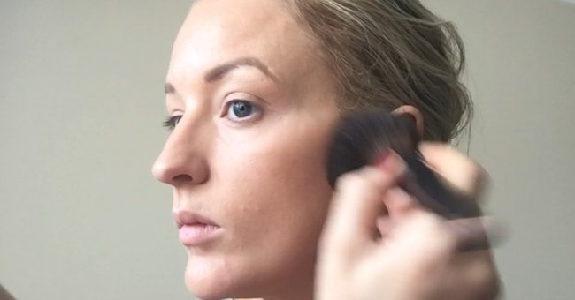 How to apply bronzer like a pro relax in this video jacqui shows us exactly how and where to apply your bronzer for ccuart Images