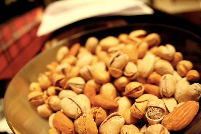 Are nuts healthy?