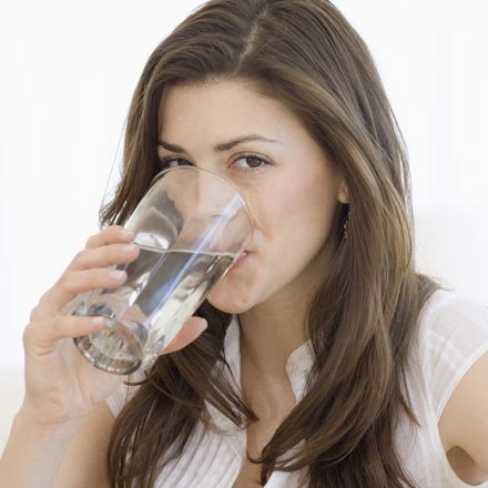 10 tips to help ease the symptoms of water retention