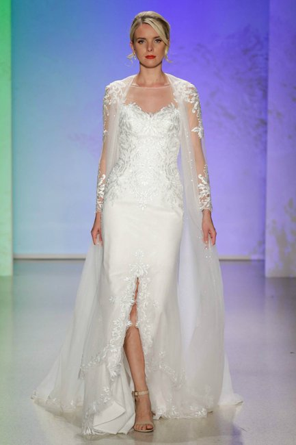 The Disney Bridal Collection 2017 Is The Stuff Of Dreams. Dark Gold Wedding Dresses. Strapless Wedding Dresses Pros And Cons. Rustic Wedding Dress Hanger. Backless Wedding Dresses Nz. Australian Vintage Wedding Dress Designers. Black Bridesmaid Dresses Online. Halter Wedding Dress Accessories. Colored Wedding Dresses.com