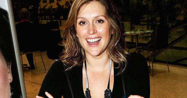 Kate Fischer Nude Photos 15