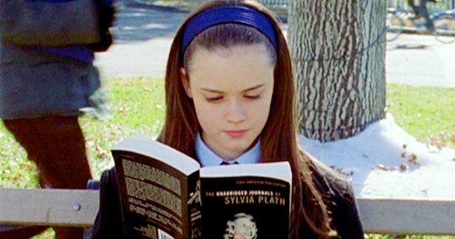 There's a Gilmore Girls reading challenge and we've never been more ready.
