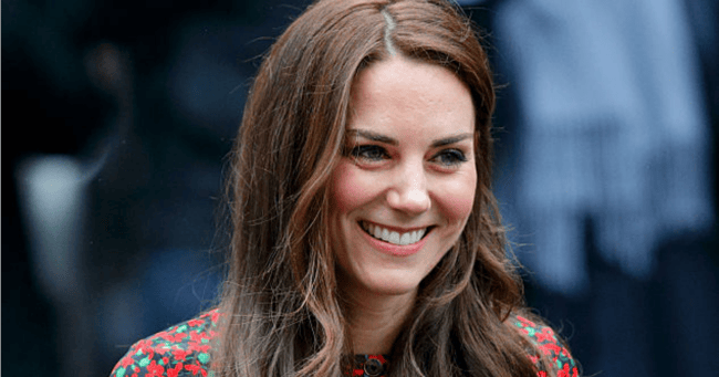Very Important Hair News: Kate Middleton has debuted a new look at Wimbledon.
