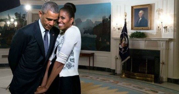 OK, the Obamas just won Valentine's Day with the sweetest public declarations of love.