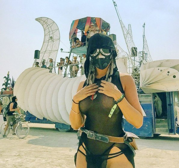 Just a bunch of crazy photos from the 2017 Burning Man ... Outrageous Outfits From Burning Man