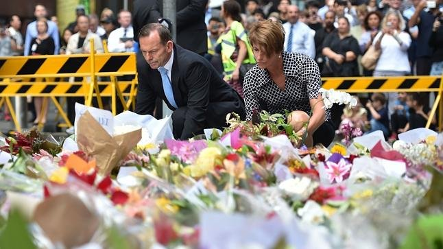 Tony and Margie Abbott visit the Memorial in Martin Place