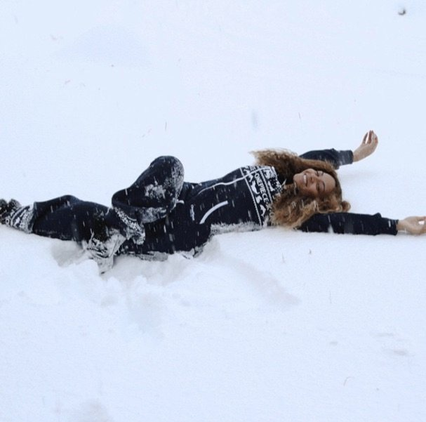 Bey was a snow angel.
