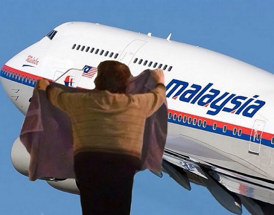 Hiding the Malaysian Airlines (Image via Reddit)