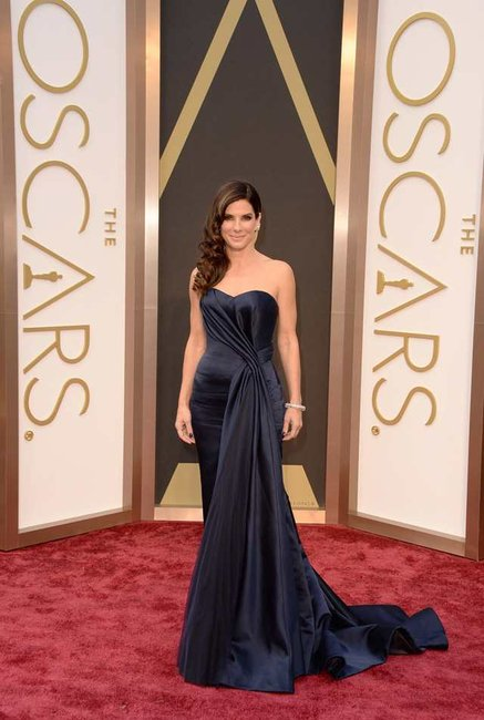 Sandra Bullock earned $51 million in the 2013-2014 financial year. Data from Forbes.
