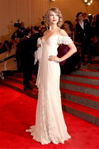 Taylor Swift at the MET's 2010 Costume Institute Gala