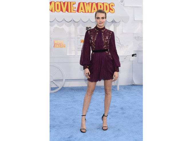 2015 mtv movie awards red carpet