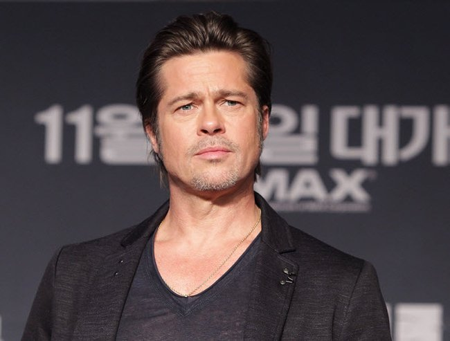 Before there was Justin Bieber's #whatdoyoupeen, there was Brad Pitt.