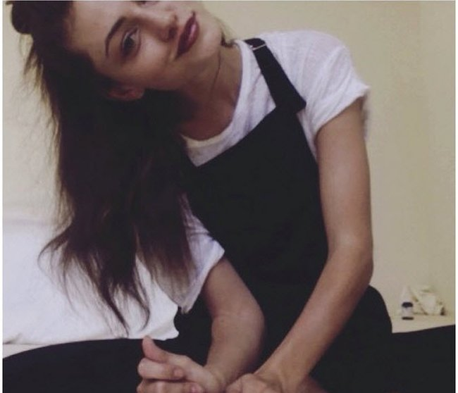 We Can T Get Enough Of The Latest Phoebe Tonkin Hair Colour