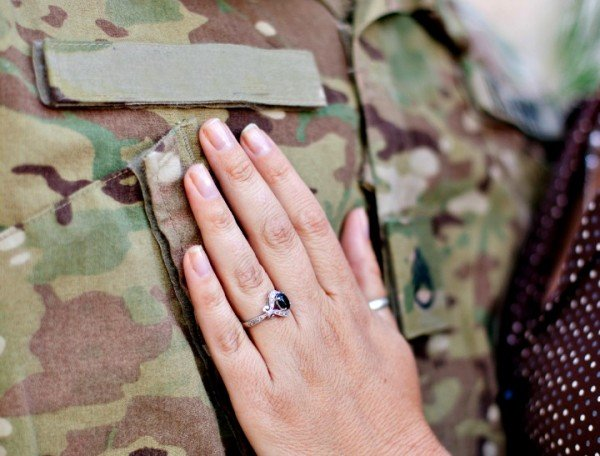 Confessions Of A Cheating Army Wife-7452