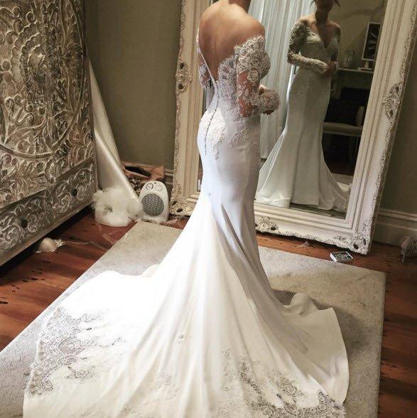 e84a4efa9611 What your wedding dress designer wants you to know.