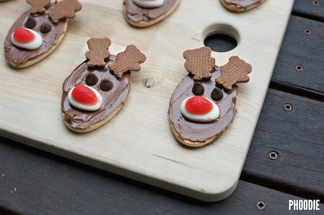Reindeer Christmas Biscuits That Are Super Easy To Make