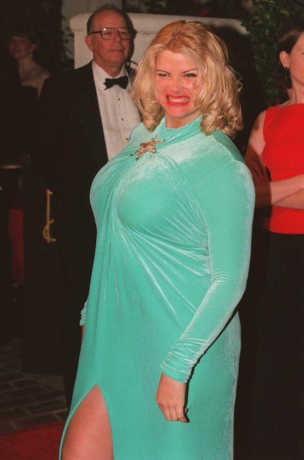 Anna Nicole Smiths Ex Has Spoken Out About Her Death-2174