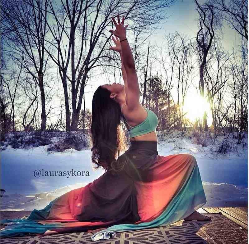 instagram yoga mum