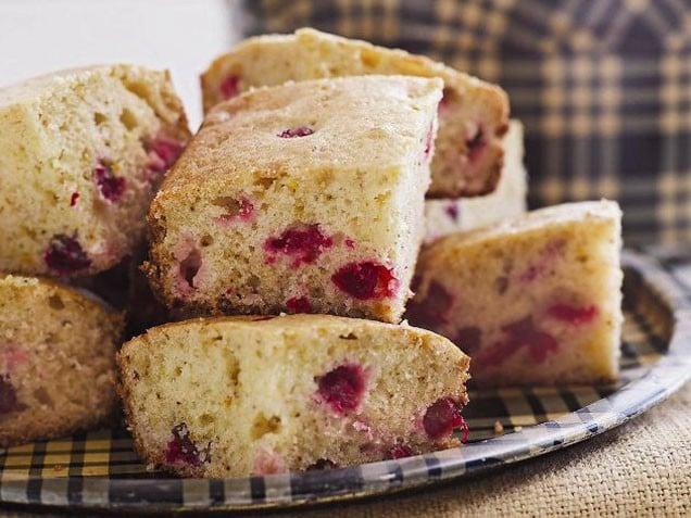 10 cosy baked treats for cold days - Mamamia