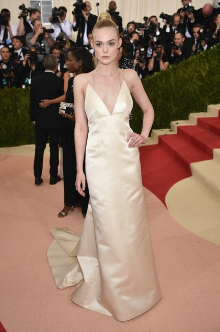 Elle Fanning met gala 2016 getty