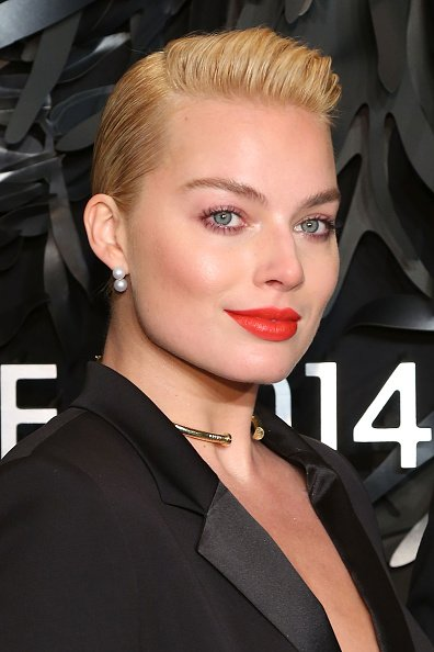 how old is margot robbie
